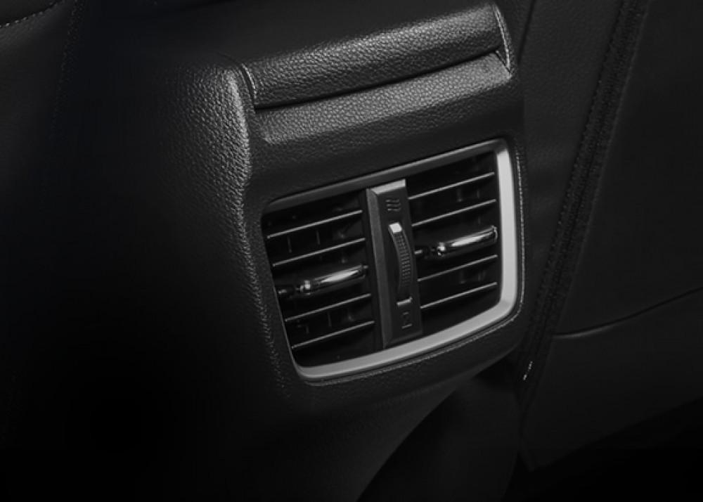 Rear AC Ventilation