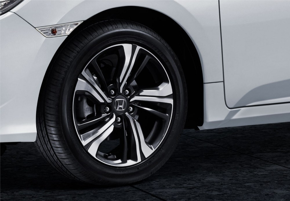 17 Inch Alloy Wheels Design